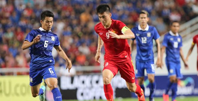 CLIP: Người Thái nghĩ gì về bóng đá Việt Nam?