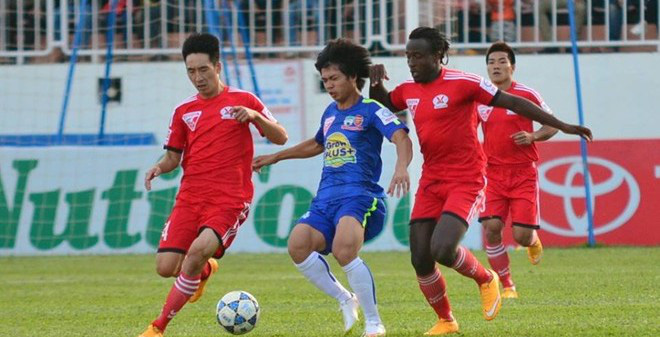 """HAGL 1-2 Quảng Ninh: Thêm một lần... """"đen"""""""