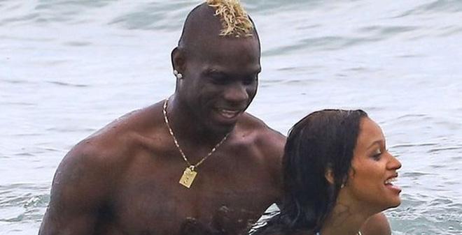 """Balotelli muốn """"nô lệ hóa"""" bạn gái cũ"""