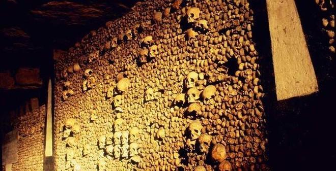 Rừng tự sát và những điểm du lịch bị ma ám đáng sợ nhất