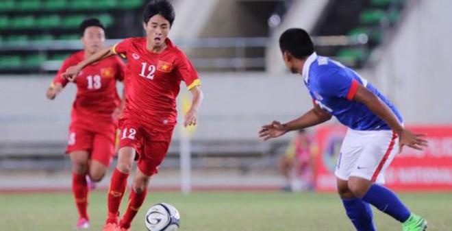 """""""Chân gỗ"""" rực sáng, U19 Việt Nam thắng 3-1"""