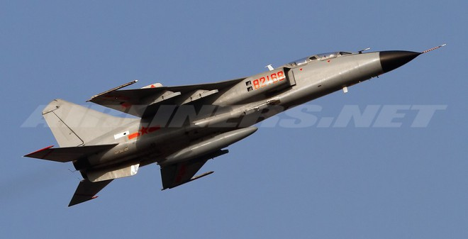 Tiêm kích bom JH-7 Trung Quốc có mạnh hơn Su-22?