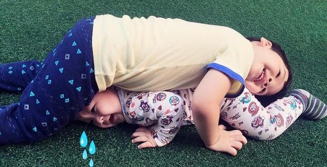 """Đan Lê trách mình """"khắc nghiệt"""" với con trai 4 tuổi"""