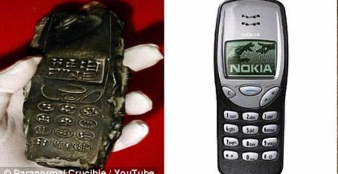 Thực hư chiếc điện thoại di động 800 năm tuổi - bằng chứng về du hành thời gian hay người ngoài hành tinh?