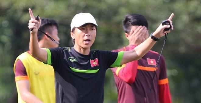 """Miura dùng """"bí chiêu"""" gì để đấu với Malaysia?"""
