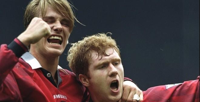 """Beckham - Scholes """"khóc thét"""" vì bàn thắng này"""