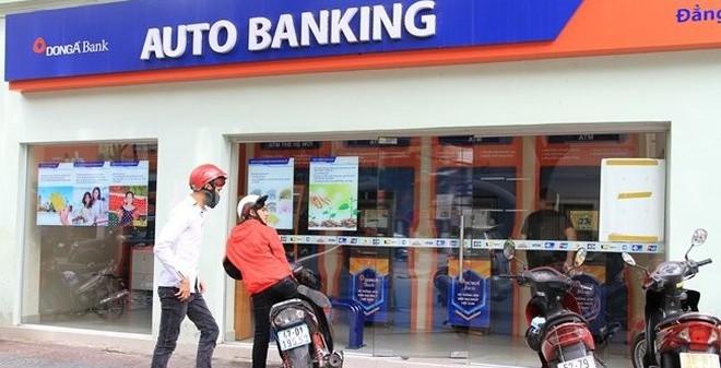 Tiếp tục đình chỉ một Phó tổng giám đốc DongA Bank