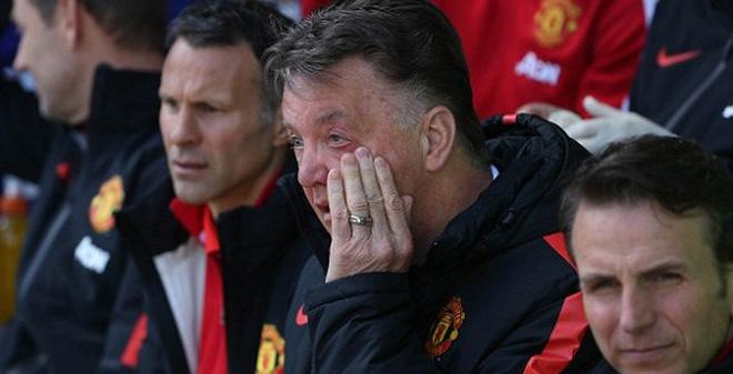 Van Gaal tiết lộ lý do Man United thua đau Everton