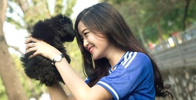 """Á hậu Huyền My: """"Cảm xúc vỡ òa khi được giới thiệu trên fanclub 7 triệu like của Chelsea"""""""