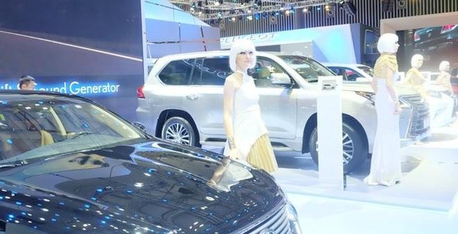 6 tỷ USD để nhập khẩu ôtô và linh kiện ôtô