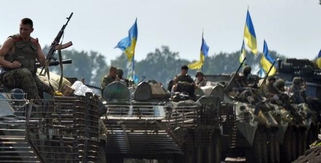 Báo Pháp: Quân Kiev dồn dân chúng miền đông Ukraine vào đường cùng