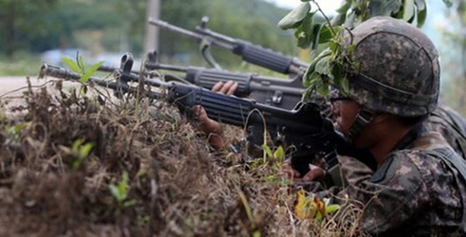Binh sĩ Hàn Quốc lãnh án tử vì giết đồng đội, đào ngũ