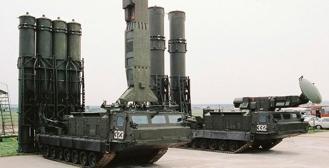 Nga bất ngờ dỡ bỏ lệnh cấm bán tên lửa S-300 cho Iran