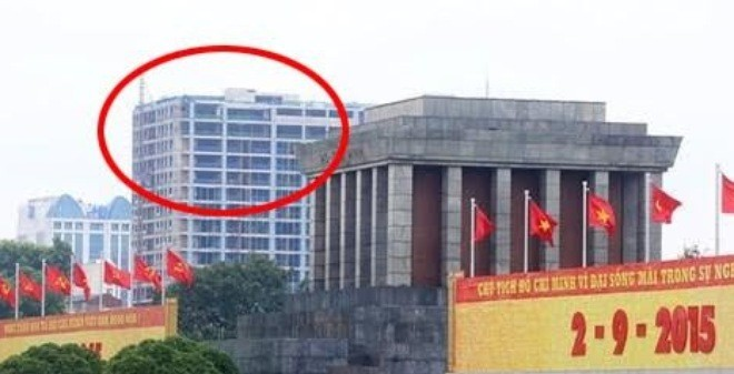 Người ký giấy phép xây tòa nhà cao vọt gần Lăng Bác lên tiếng