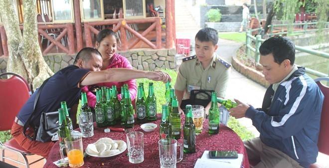 Gia Lai: Nhà hàng bán bia hết hạn cho khách