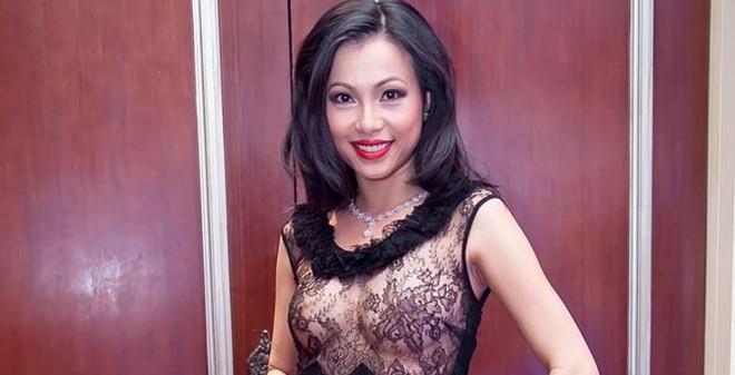 Độ ăn mặc  táo bạo của hoa hậu giàu nhất Việt Nam