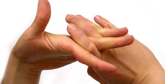 Điều gì sẽ xảy ra khi bạn bẻ đốt ngón tay?