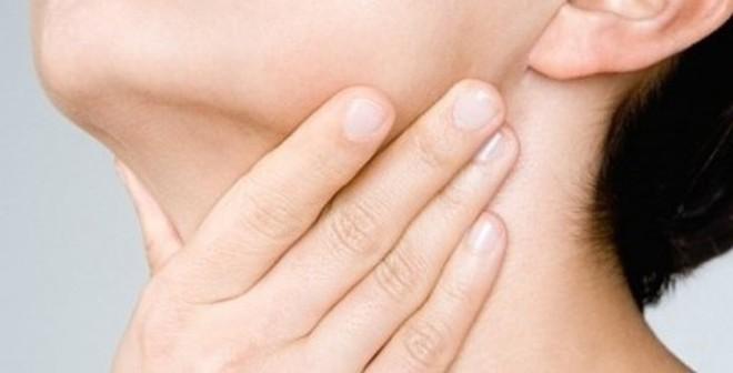 Giật mình 3 thói quen thường ngày gây ung thư vòm họng