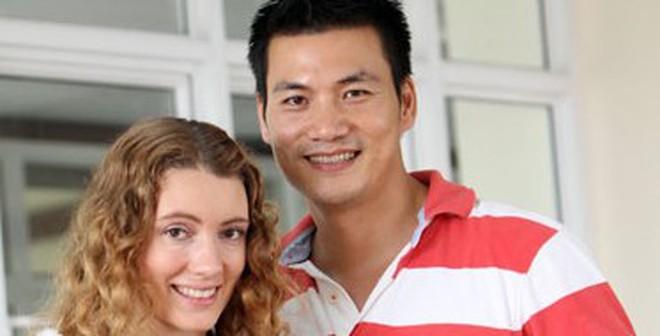 Chân dung vợ Tây xinh đẹp hiếm có của mỹ nam điện ảnh Việt