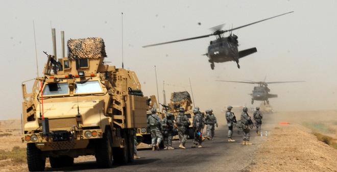 """Vũ khí của Lục quân Mỹ """"thua"""" vũ khí nước khác ở điểm nào?"""