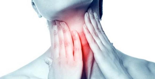 Mẹo chữa đau họng không cần dùng đến thuốc