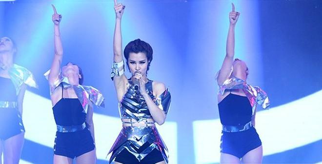 Đông Nhi đăng quang ngôi vị cao nhất The Remix mùa đầu tiên
