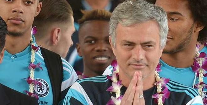 Mourinho sốc khi biết tiền lương của Casillas tại Porto