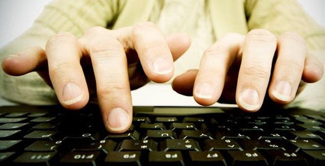 Dùng bàn phím máy tính để phát hiện sớm bệnh Parkinson
