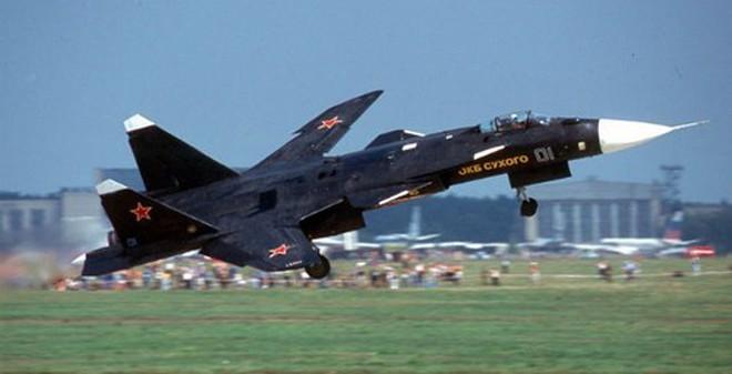 9 máy bay huyền thoại của Nga
