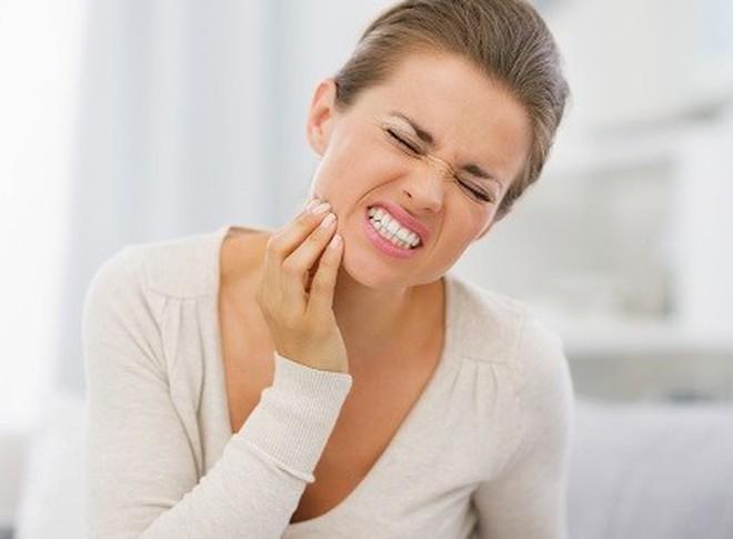 Mẹo chữa đau răng 'cấp tốc' không cần đến bác sĩ