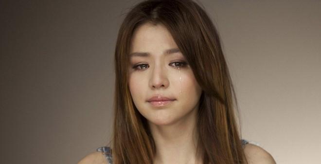 Mới: Phụ nữ khóc tạo tâm lí cực kì tiêu cực cho đàn ông