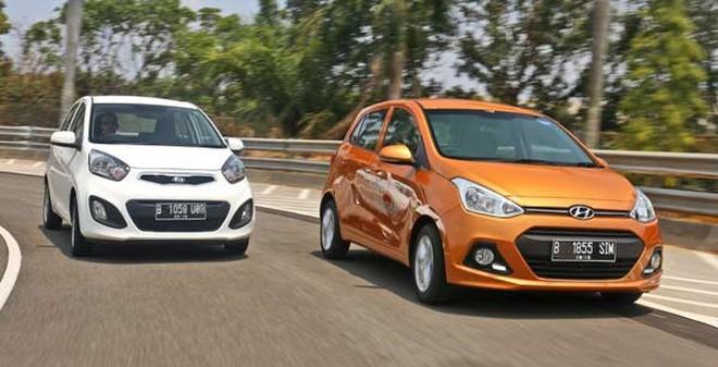 Infographic: So sánh bộ 3 xe nhỏ giá trên dưới 400 triệu đồng tại Việt Nam