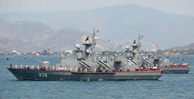 Việt Nam sẽ sở hữu tới 16 tàu tên lửa tấn công nhanh Molniya?