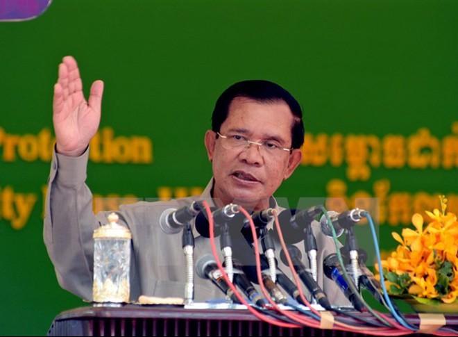 Hun Sen chỉ trích vụ tấn công nhắm vào mối quan hệ với Việt Nam