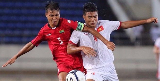 """Chiêu """"biến hình"""" độc đáo của U19 Việt Nam"""