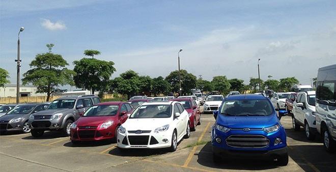 Thị trường ôtô: Người giảm giá, kẻ rục rịch tăng