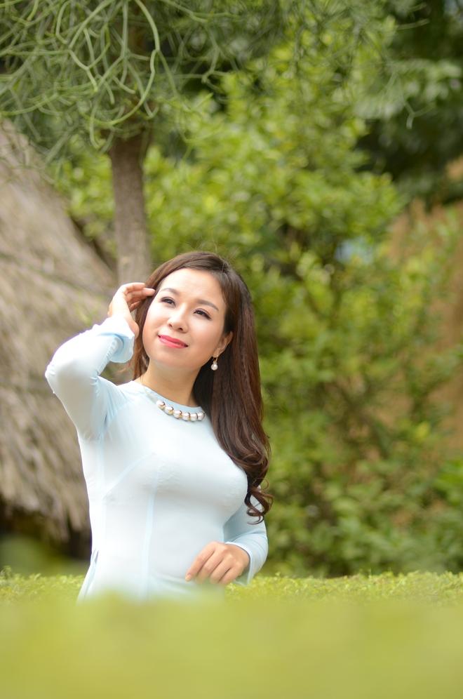 Sao mai Thu Hà làm MV đặc biệt nhân ngày 20/11 - Ảnh 5.