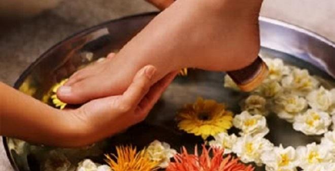 Cách ngâm chân phòng bệnh ngày rét hại rất tốt cho sức khỏe