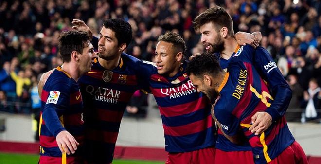 """""""Hung thần"""" tỏa sáng, Barcelona vào bán kết Cúp Nhà vua TBN"""