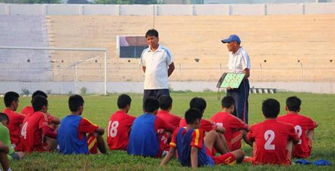 Đội bóng Việt suýt dính tai nạn thảm khốc