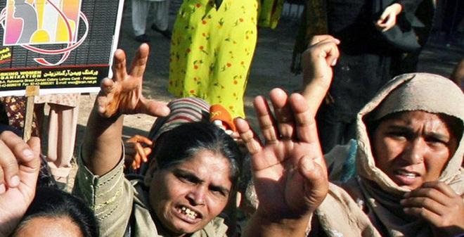 Một quốc gia vừa ra luật cho phép chồng đánh vợ nhưng đánh nhẹ thôi