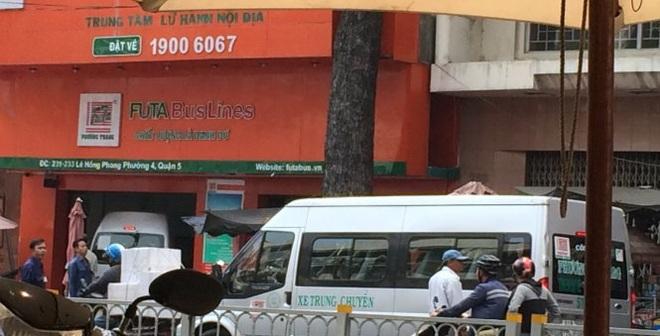 Từ tin nhắn Bí thư Đinh La Thăng, thêm 2 điểm cấm dừng đậu xe