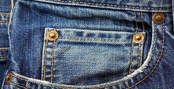 """Mọi thứ đều có lý do: Cái """"khuy thừa"""" trên chiếc quần jeans có chức năng gì?"""