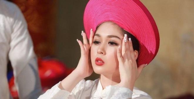MC Hà Nội được mệnh danh 'xinh nhất Vịnh Bắc Bộ'