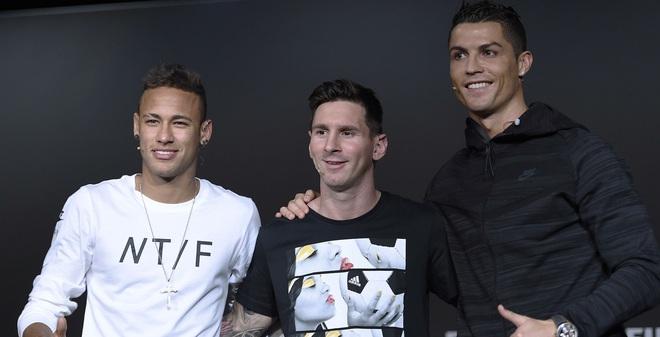 Messi và Ronaldo có thể hụt danh hiệu Quả bóng vàng 2016