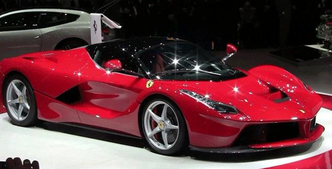 """Ngân hàng """"ngã ngửa"""" khi tỷ phú cắm siêu xe Ferrari vay 5.000 đô"""