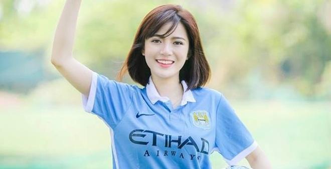 """Tú Linh phản ứng khó hiểu trước scandal """"phản bội"""" Man United"""