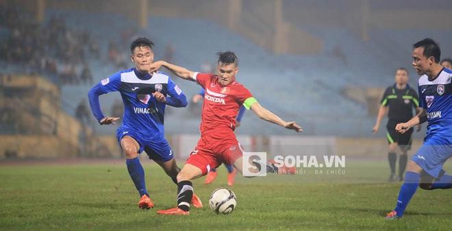 Công Vinh lập hat-trick, ĐT Việt Nam thắng tưng bừng