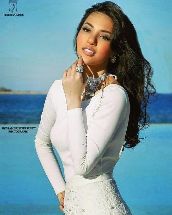 Siêu mẫu Khả Trang làm giám khảo Hoa hậu Thế giới Ai Cập 2016 - Ảnh 3.