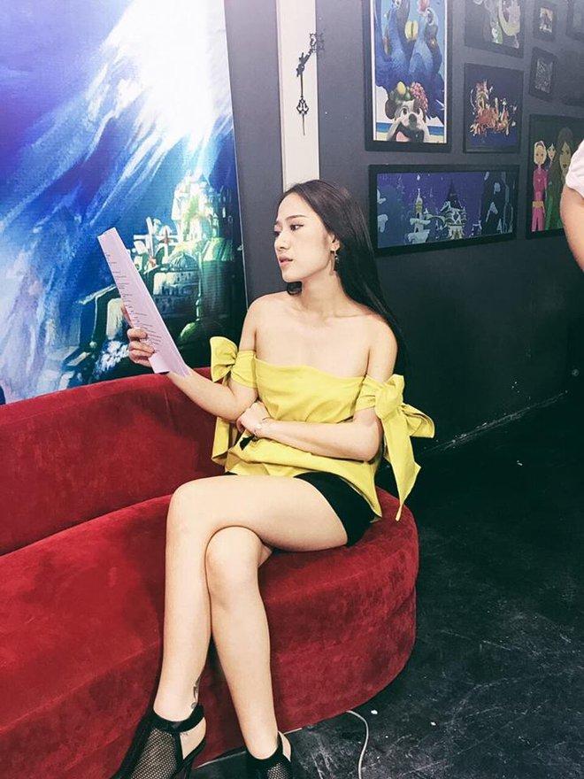 Đời thường sexy của cô nàng Thảo Mai 5S online - Ảnh 12.